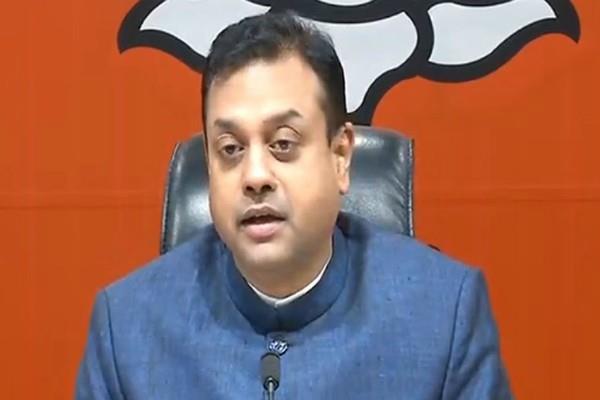 bjp target on rahul statement on pulwama