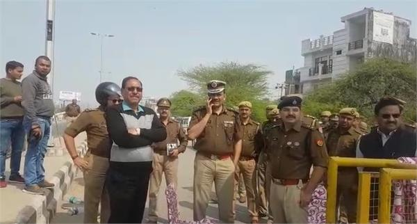 alert issued in up in view of delhi violence ghaziabad border ig praveen