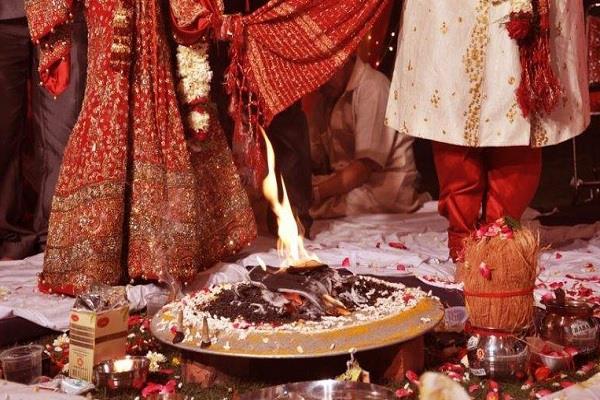 bride suspects bridegroom between 7 rounds refuses to marry