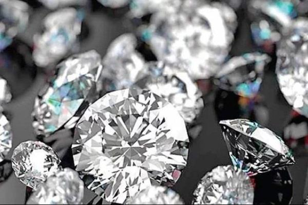 corona virus diamond industry in surat may suffer loss of rs 8 000 crore