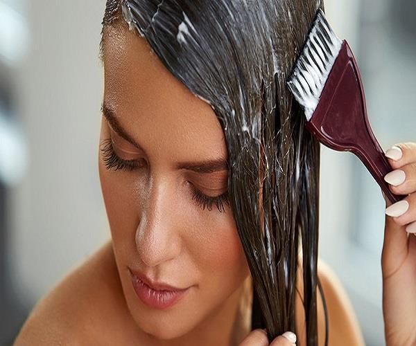 बाल बनेंगे सिल्की और शाइनी, यूज करें बेसन और दही का हेयर मास्क