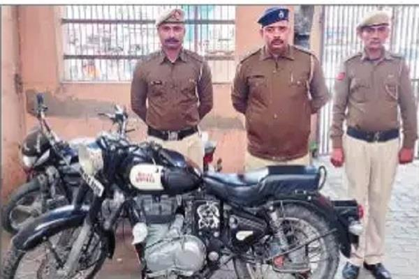 44 000 rupees challaned after ringing firecrackers bike seized