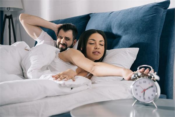 study finds waking up to music reduces drowsiness