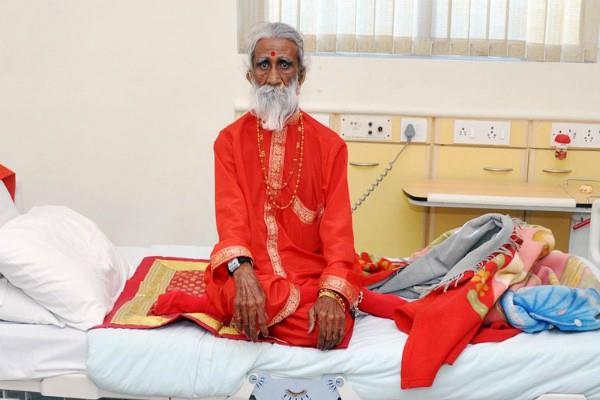 Prahlad Jani, known as Chundadiwala Mataji passes away