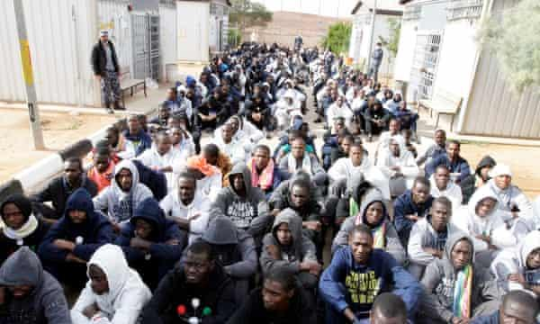 300 illegal immigrants rescued off libyan coast