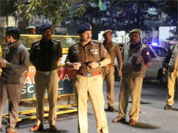 noida police issue red alert clash between 2 communities