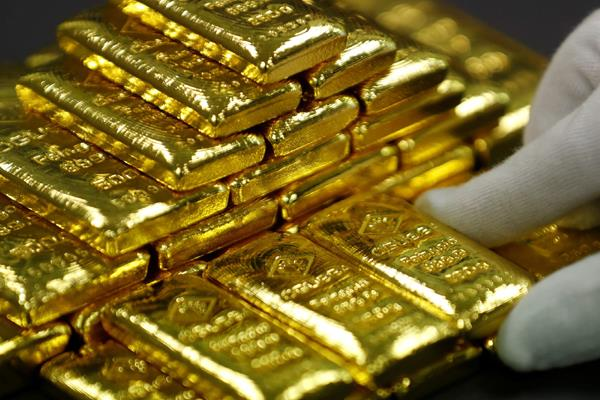 gold stable silver slips 600 rupees