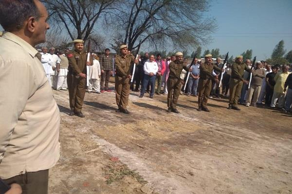 azad hind fauj s soldier chhoturam dies final salute with melody tune