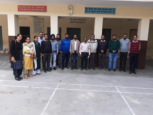 computer teacher education minister