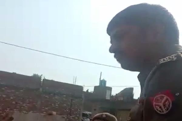 ugly face of up police giving profane abuses to women