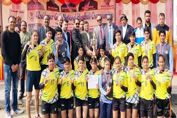 himachal team won gold in national women handball competition
