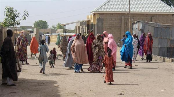 at least 30 killed by armed gangs attack in nigeria
