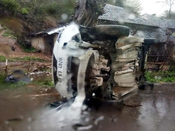 car accident in jawalamukhi