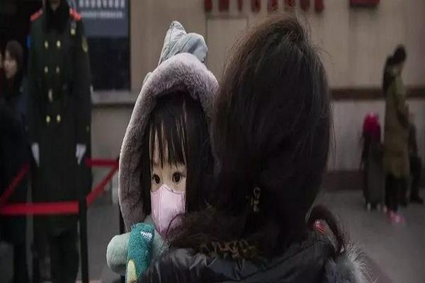 coronavirus outbreak in china newborn tests positive in wuhan