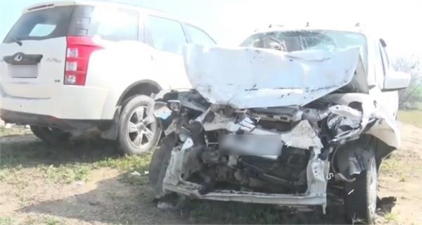 2 members of family death due to road accident