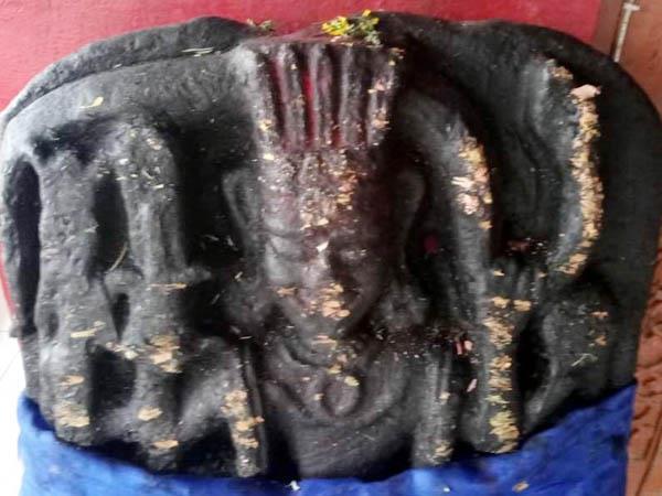 broken the sculptures in temple