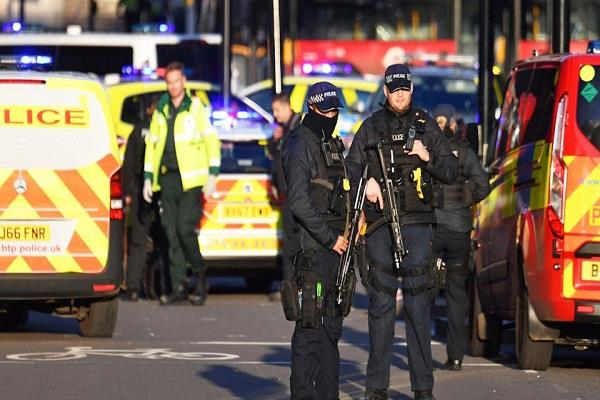 terrorist stabbed many people in london police killed