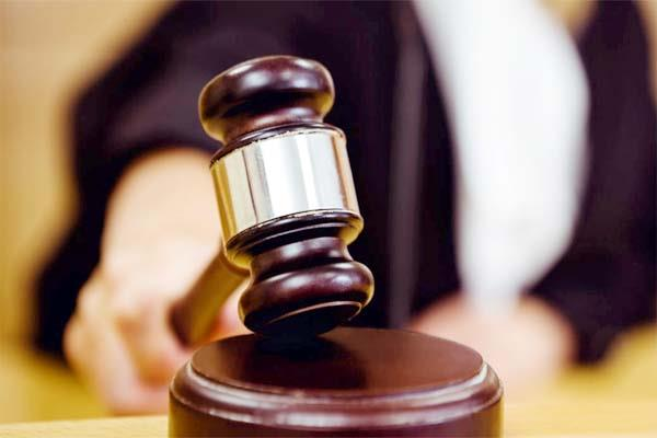 court gave punishment to accused in cheque bounce case