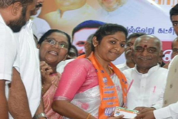 vidya rani daughter of veerappan joins bjp