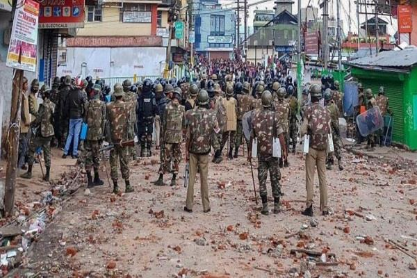 migrant workers flee in shillong after violence