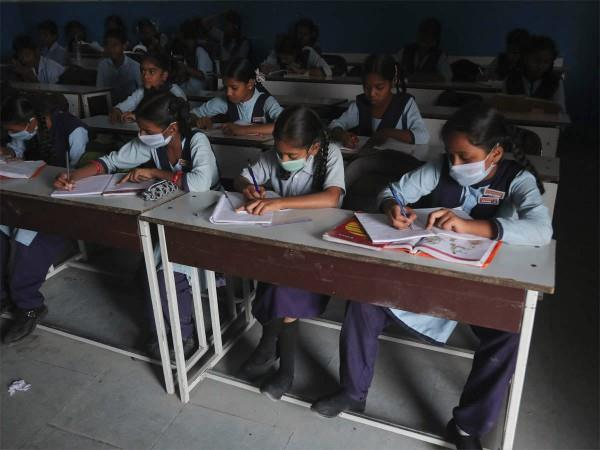 corona virus will be able to take students mask hand sanitizer in board exams