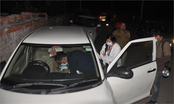 found dead body in car