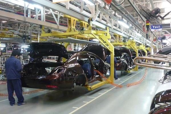 corona virus vehicle industry organizations appeal to members to close plants