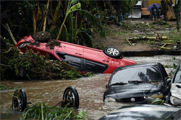 21 dead as torrential rain hits brazil