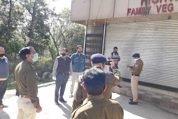 violation of section 144 fir on keeping liquor contract open in shahpur