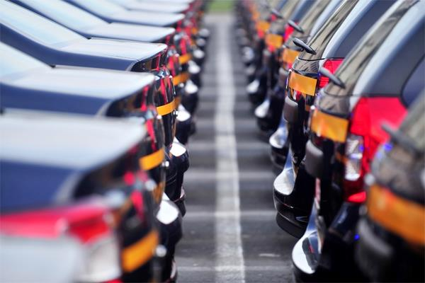 vehicle sales fell 19 08 in february as economy slowed