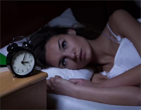 Health Update: स्वस्थ शरीर के लिए बहुत जरूरी है रात में अच्छी नींद लेना