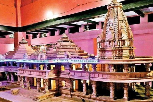 shadow of the corona on the bhoomi poojan of ram janmabhoomi temple