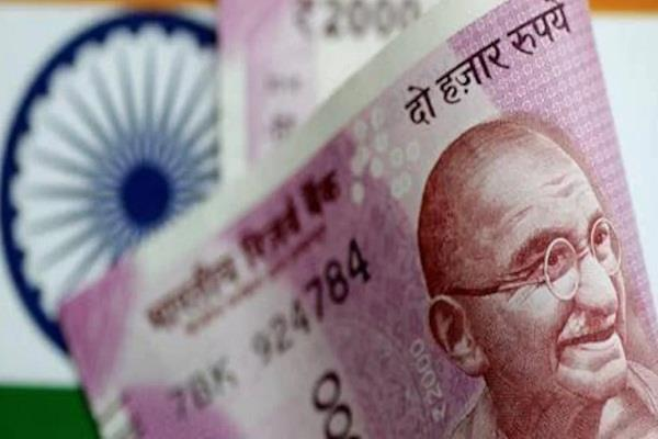 indian currency falls by 70 paise against dollar