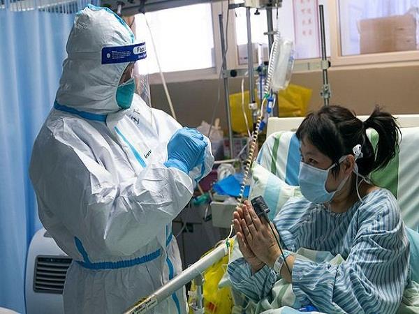 Corona Alert! डॉक्टर-नर्स की हालत हुई बुरी, PPE से घुटता है दम