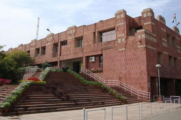jnu follows iit delhi and du suspends classes until march 31
