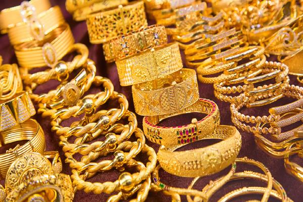 gold and silver prices fall sharply know today s rate