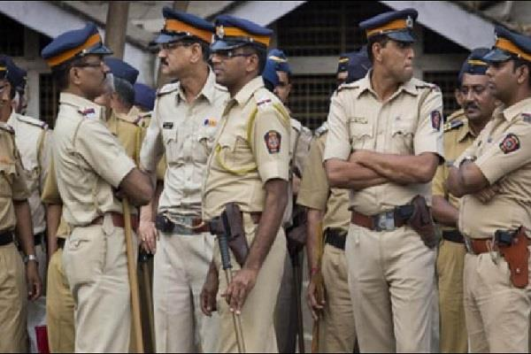 2 brothers demanded 50 lakh extortion from the person