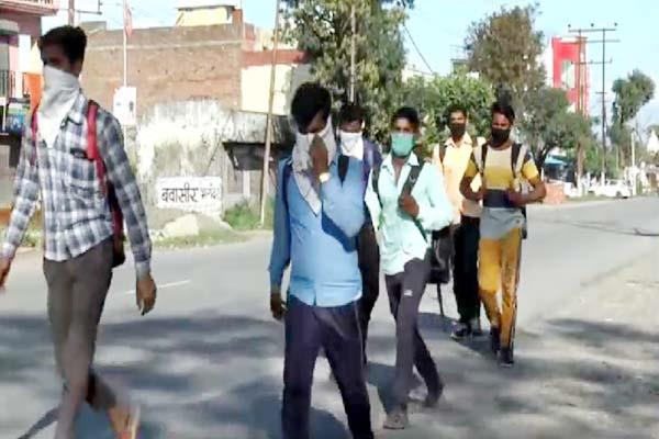 46 people from outside states reached on himachal border