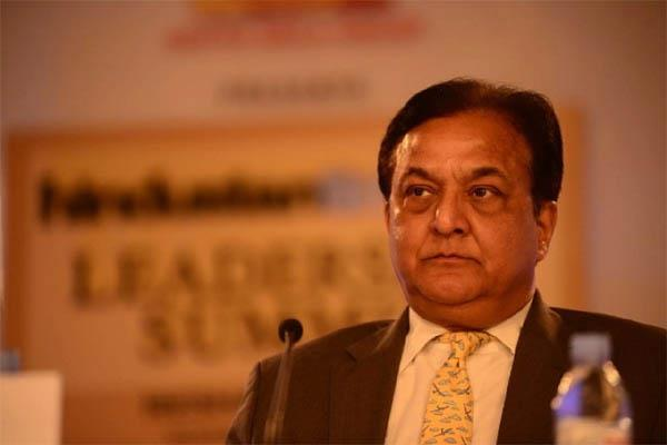 yes bank boss rana kapoor bought a luxurious bungalow for 128 crores