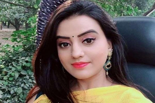 akshara singh will give 1 lakh rupees to chief minister relief fund