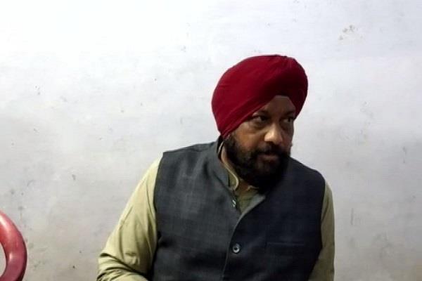 madhya pradesh big shock to kamal nath congress mla hardeep singh dung resigns