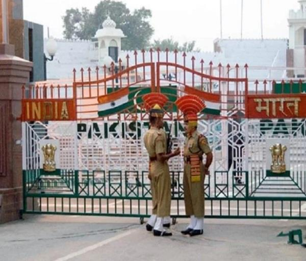 group of indians reached pak via dubai stranded on wagah border