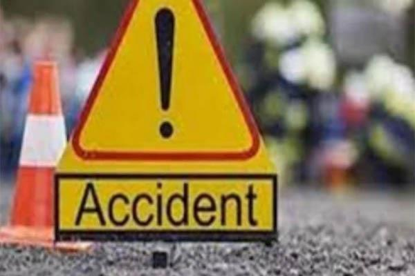 bike accident on kangra mandi border death of one