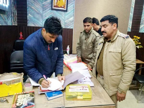 solan police raid in dharmashala and palampur