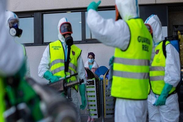 838 people killed in 24 hours in spain fear of long lockdown in the world