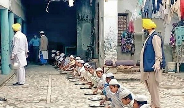 gurudwara became helpful for children in madrasa presented example of humanity