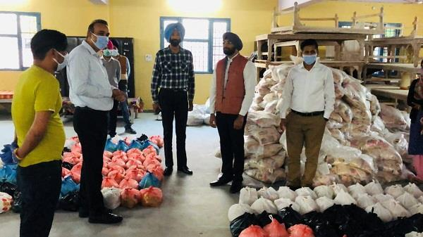 photograph of chief minister 2 thousand sack relief materials ready