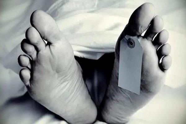 lockdown corona virus pakistan dead body