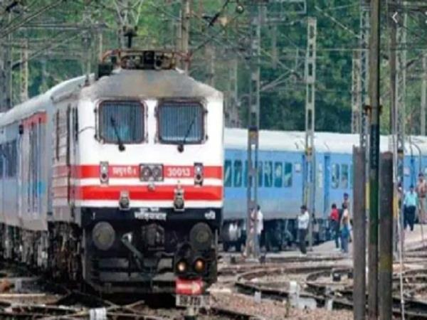 northern railways will run 5 parcel express trains for freight