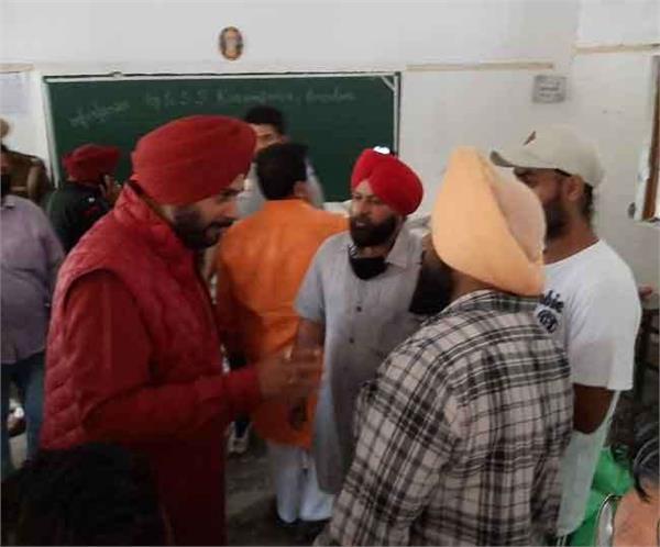 navjot sidhu helps poor people
